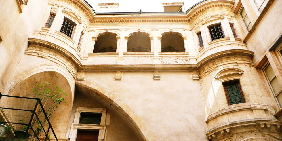 galerie-philibert-delorme